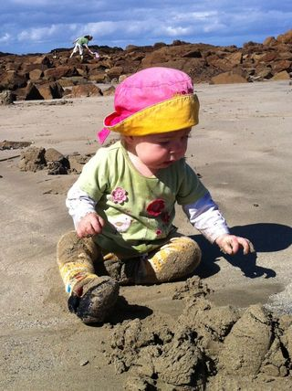Elli-at-beach-neary-14-months